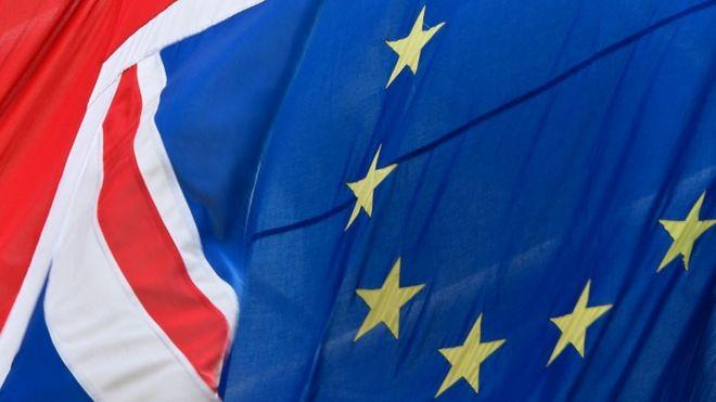 Союз флаг и флаг ЕС