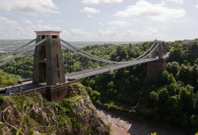 The strange case of the Bristol hum - BBC News