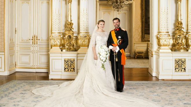Prince Guillaume and Princess Stephanie of Luxembourg pose for their official photo inside the Grand-Ducal Palace.
