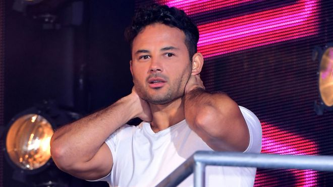 celebrity big brother ryan thomas named winner bbc news