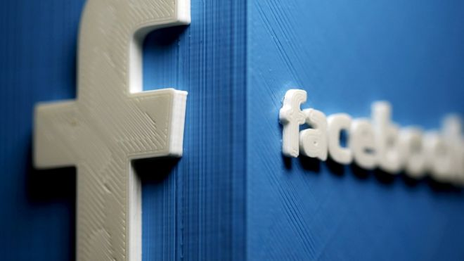 Facebook moderators 'keep child abuse online'