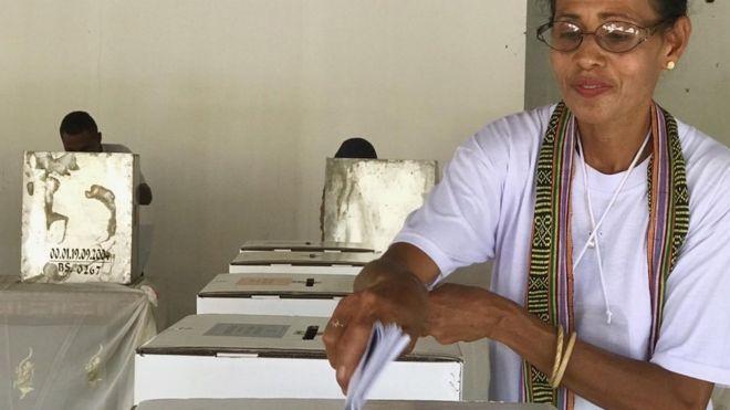 Pemilu serentak di Larantuka, NTT, berbarengan waktunya dengan prosesi kegiatan agama.