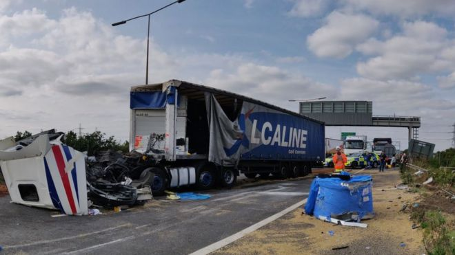 m25 and dartford crossing closed after lorry crash bbc news