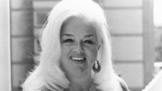 Diana Dors  sc 1 st  BBC & Diana Dors\u0027 birthplace blue plaque unveiled - BBC News