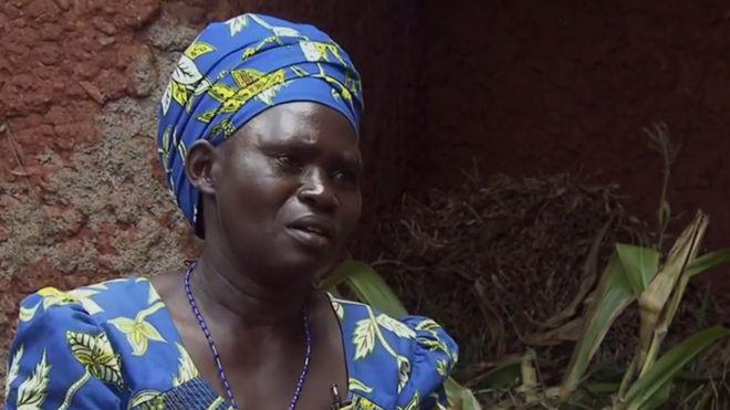 Anne-Marie, que teve quatro filhos assassinados no genocídio de Ruanda