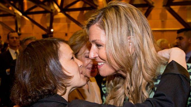 Inés Zorreguieta durante un evento en Holanda con su hermana, la reina Máxima
