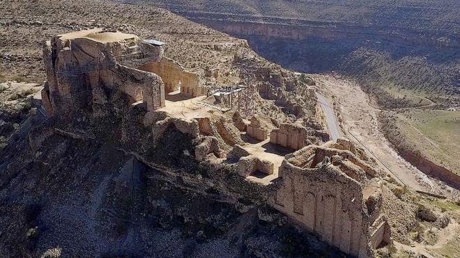 موقع قصر