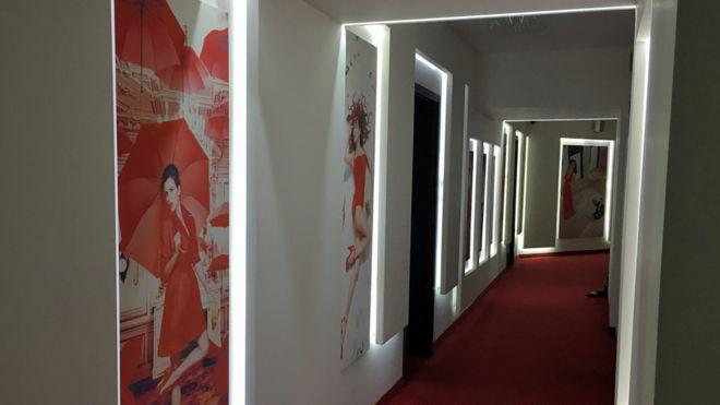 Studio 20 corridors