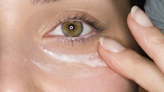Skin cancer: Missing eyelids when using SPF moisturiser a