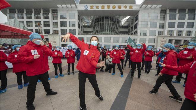 武汉市开放床位最多、累计收治病人最多、累计出院人数最多的方舱医院——江汉方舱医院在运行了34天后正式休舱。