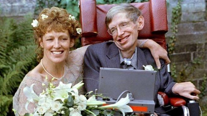 حياة ستيفن هوكينغ وزوجته إلين ماسون