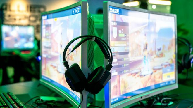China blocks Twitch game-streaming service - BBC News