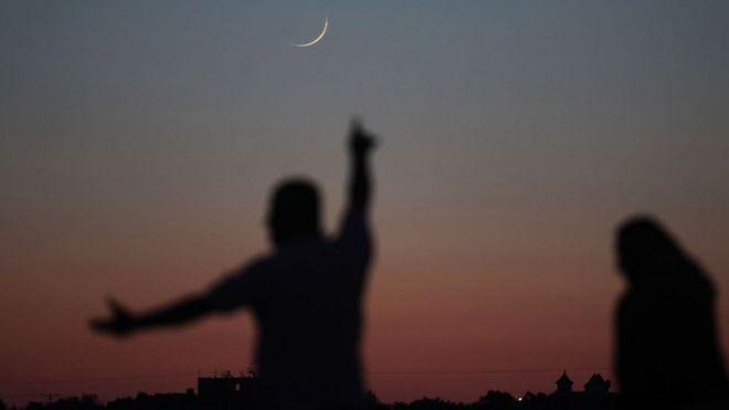 لماذا لا يتفق المسلمون على بداية موحدة لرمضان؟