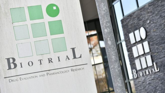 France drug trial: Brain-dead man dies in hospital - BBC News
