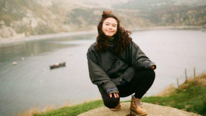 Tên tôi là đặc Anh nhưng tôi không phải là Anh trắng…nên tôi phải giải thích rằng tôi nửa Anh nửa Trung Quốc, Nicole Miners nói.