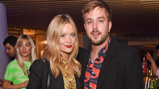 Laura Whitmore criticizes photographer at the airport after Caroline Flack's death