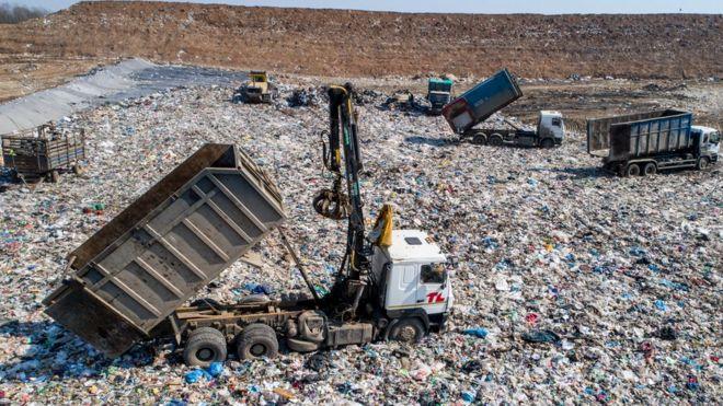 В России сжигание мусора будут считать переработкой. Как так получилось?