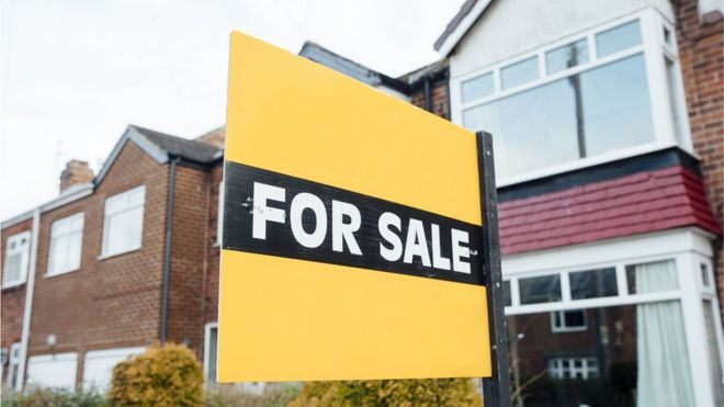 Housing market outlook worst for 20 years, say surveyors