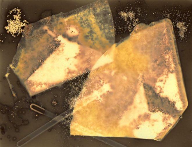 Filtros de café sobre una imagen
