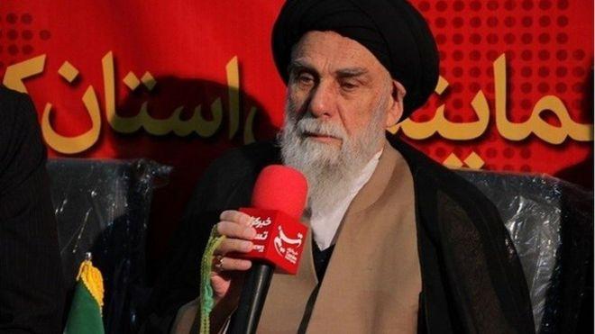 امام جمعه کرمان 'به خاطر برخی فشارها' مجبور به استعفا شده