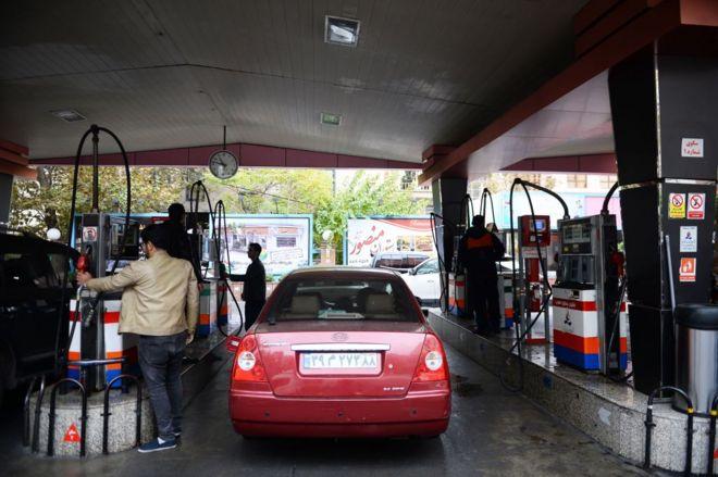 واکنش به 'کمبود بنزین سوپر' در ایران: 'در دو پالایشگاه تولید و توزیع میشود'