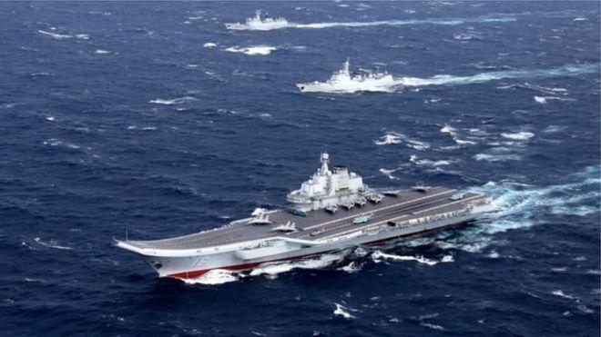 解放軍航母通過台海