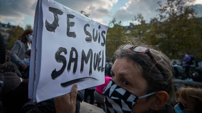 مسيرات دعم لصمويل باتي