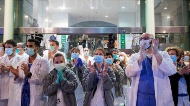 فيروس كورونا: خمسة أسباب لتشعر بالتفاؤل رغم تفشي الوباء