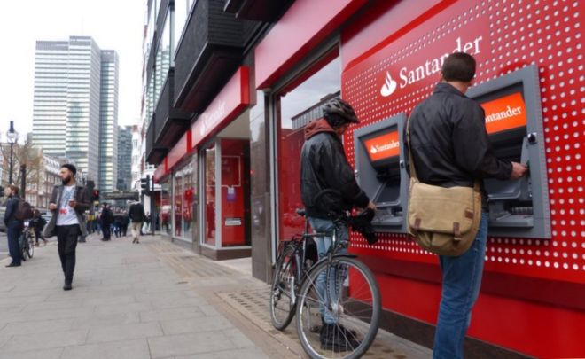 Santander cashpoint