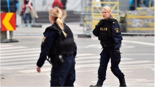 Cảnh sát Thụy Điển tại hiện trường