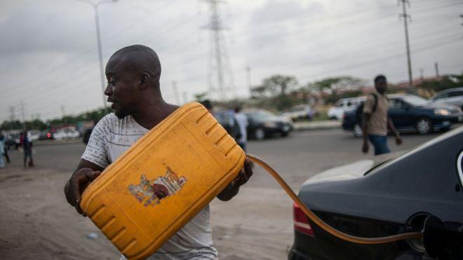 """Résultat de recherche d'images pour """"Nigeria stolen petrol"""""""