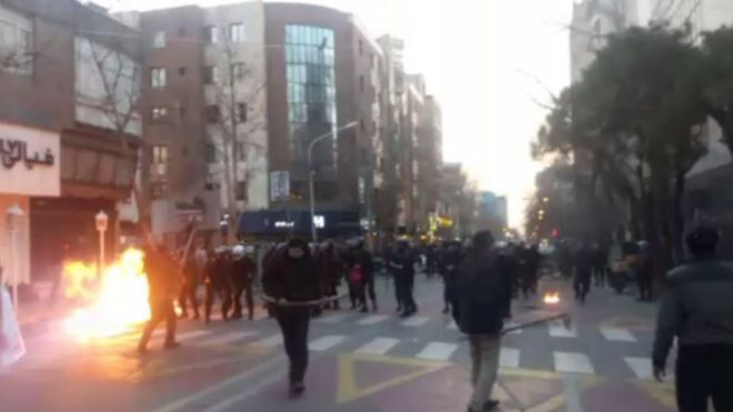 تجمع دراویش گنابادی در شمال تهران به خشونت کشیده شد