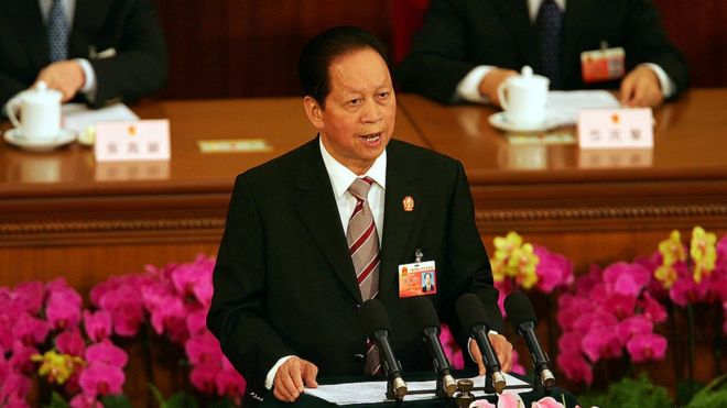 2007年,肖扬向中国全国人大作年度工作报告。