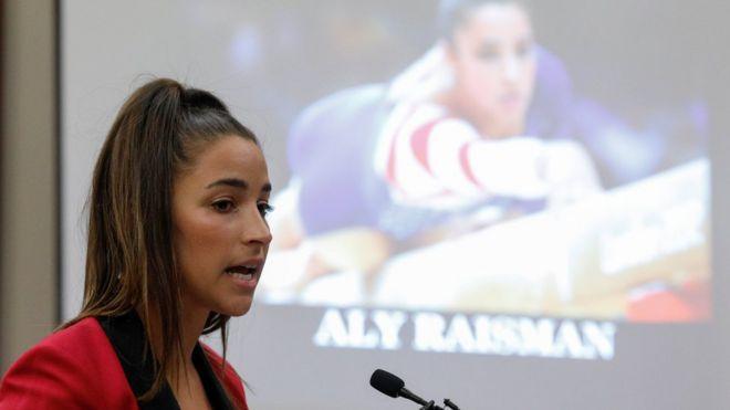 دختران المپیکی آمریکا علیه آزار جنسی دکتر تیم شهادت دادند