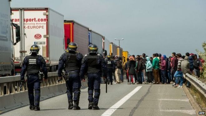 Calais Migrants How Is The Uk France Border Policed Bbc News