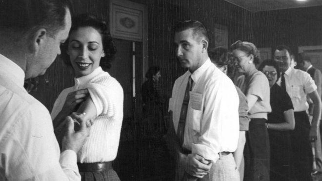 美国邮局九牧王男装员工打疫苗