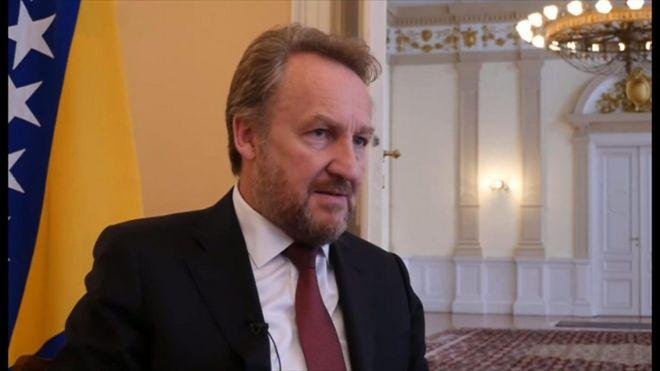 旧ユーゴのムラディッチ被告に終身刑 ボスニア虐殺の罪 - BBCニュース