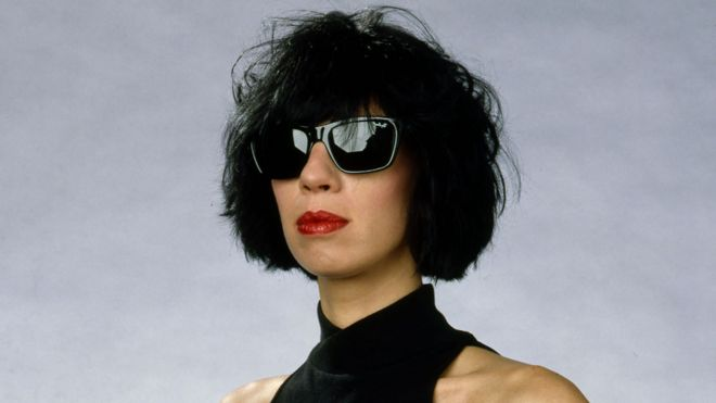 Magenta Devine, TV presenter, dies aged 61 - BBC News