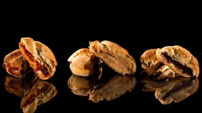 Такие мясные закуски, как ветчина, ростбиф или индейка, содержат примерно 1,5 г соли в каждой порции