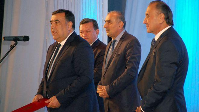 یاور رئیس جمهور تاجیکستان: امید داریم رابطه با ایران گسترش پیدا کند