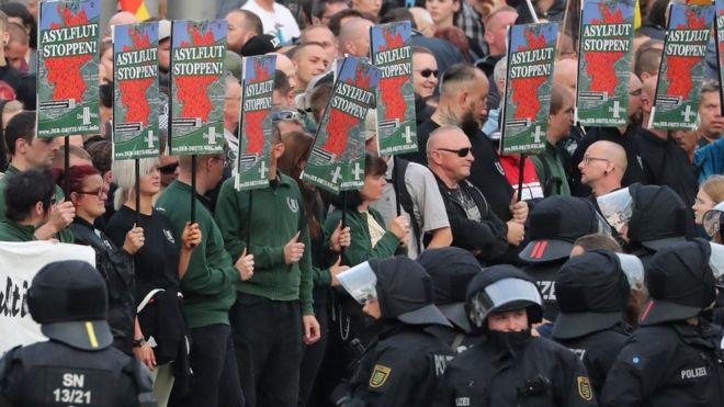Protesti desničara, 27. avgust 2018