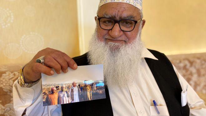 """الحاج حنيف يقول إنه """"خادم الشيخ"""" لكنه لا يريد أن يسير أبناؤه على خطاه"""