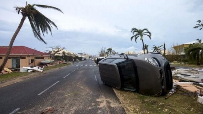 Destrozos en la isla de San Martín.
