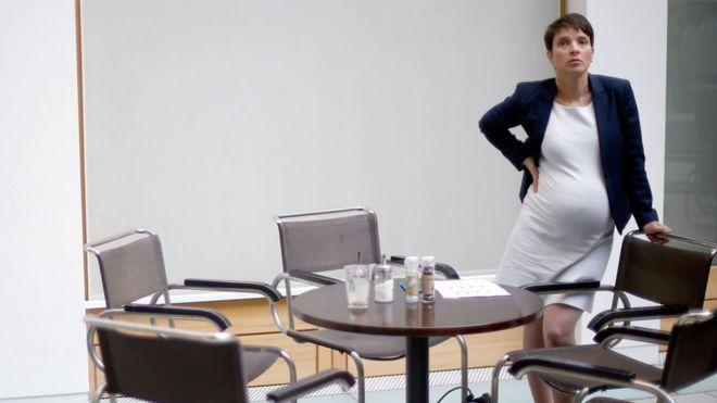Frauke Petry, política alemã, grávida