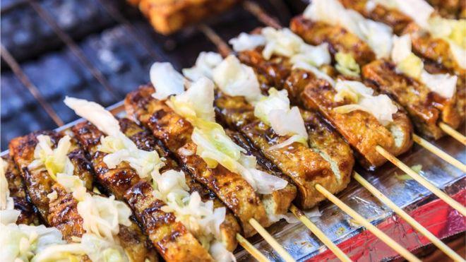 espetinhos de tofu