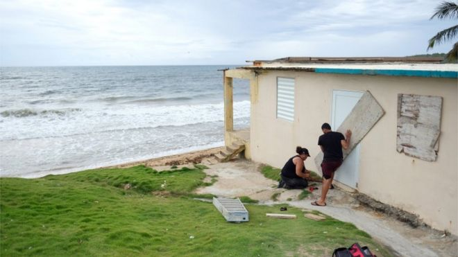 Hurricane Dorian grazes Puerto Rico - BBC News