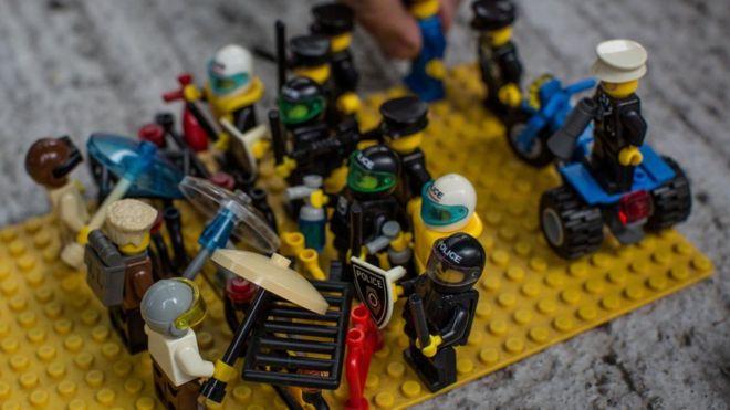 Toymaker Lego wins Chinese copyright case against brick imitators (MAT)
