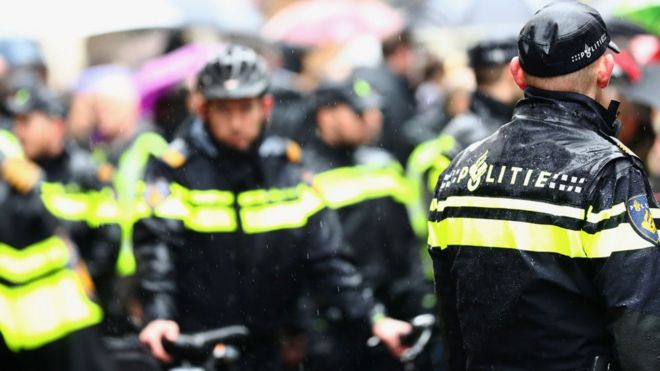 Hollanda'dan, 15 Temmuz darbe girişimi zanlılarına sığınma hakkı