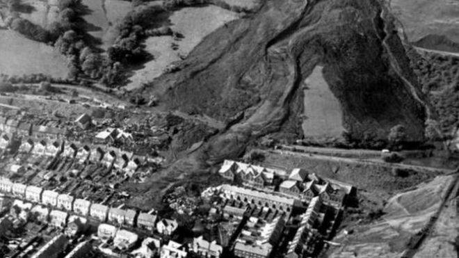 The landslide engulfed Pantglas Junior School, where Hettie Williams was teaching a class of first year pupils