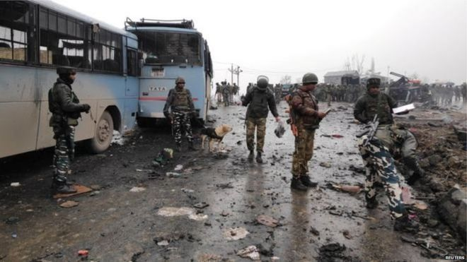 पुलवामा जिले में चरमपंथी हमला